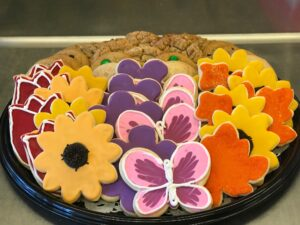 Fresh sugar and classic cookie platter